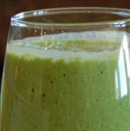 Chia and Yogurt Green Smoothie