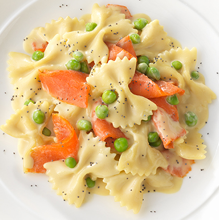 Alfredo with Smoked Salmon and Poppy Seeds